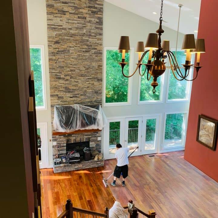 Cincinnati OH Hardwood Floor Varnishing